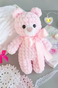 Free pattern for Crochet bears amigurumiLittle bears amigurumi is a plush crochet toy. Free amigurumi pattern by Julia Deinega.Amigurumi Soft Bär Gratis Muster Source by ayeyldrArms (make R 2 ch, 6 sc in second ch from hook R sc, inc)× 3 R 9 sc rowSelec Bunny Crochet, Crochet Animal Amigurumi, Crochet Toys, Free Crochet, Amigurumi Doll, Crochet Teddy Bear Pattern Free, Crochet Animals, Crochet Dolls Free Patterns, Amigurumi Patterns