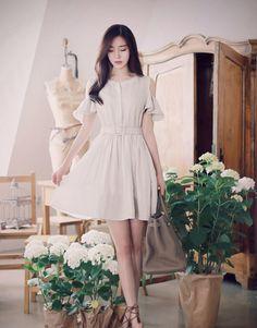 Flower and beauty 꽃과 미인 Korean Fashion Kpop Inspired Outfits, Korean Fashion Summer Casual, Korean Fashion Street Casual, Korean Fashion Dress, Korean Dress, K Fashion, Asian Fashion, Skirt Fashion, Fashion Dresses