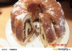 Kynutá bábovka s rumem a ořechy recept - TopRecepty.cz Bagel, Doughnut, Rum, French Toast, Pudding, Bread, Breakfast, Ethnic Recipes, Food