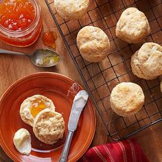 Round out your dinner with buttery rolls, easy cheese-topped breadsticks, herb-sprinkled toast, or fluffy biscuits.