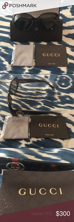 Gucci Havana Dark Tortoise Sunglasses NWT Gucci Classic Oversize Dark Havana Tortoise Sunglasses100%UVA/UVB Protection .NWT Gucci Accessories Sunglasses