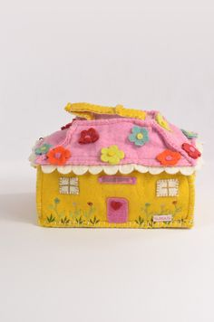 Pretty doll house or tidy up bag, in lilac, sunflower and pink.