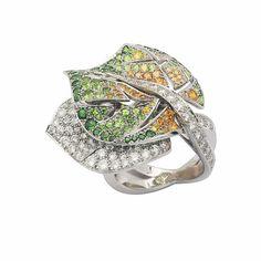 Van Cleef  Arpels Leaf ring by Van Cleef  Arpels