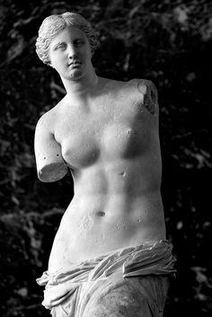 Venus de Millo - Louvre