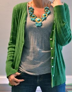 Well I do have kelly green cardigan and teal necklace! Green Cardigan Outfit, Cardigan Outfits, Casual Outfits, Cute Outfits, Fashion Outfits, Green Sweater, Outfit Posts, Outfit Ideas, Diva Fashion