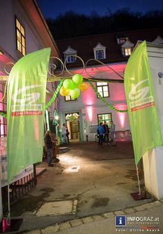 """Bilder aus dem Grünen Haus Graz vom Eröffnungsfest am 12. Jänner 2015.  """"#Grünes #Haus"""" #Graz #Eröffnungsfest """"#Die #Grünen"""" """"#Kaiser #Franz #Josef #Kai 70"""" """"10 #Grüne #Organisationen"""" """"#buntes #Fest"""" #Dekoration #Lichtkonzept #Managerie """"#Maria #Reiner"""" """"#Rudi #Widerhofer"""" #Parks """"#vegane #Köstlichkeiten"""" #Musik """"#Trio #Tribidabo"""" """"#Lambert #Schönleitner"""" """"#Sabine #Jungwirth"""" """"#Lisa #Rücker"""" """"#Werner #Kogler"""" """"#Hermann #Schützenhöfer"""" """"#Christopher #Drexler"""" """"#Helmut #Strobl"""" #Bilder #Fotos"""