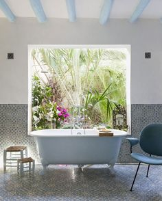 Lush Bathroom | Photo by Eric Flogny | desiretoinspire.net