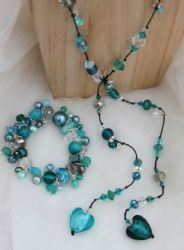 Teal Handmade beaded Lariat Necklace - HM04K We Love Heart, Lariat Necklace, Heart Jewelry, Originals, Hearts, Teal, Beaded Bracelets, Jewellery, Handmade