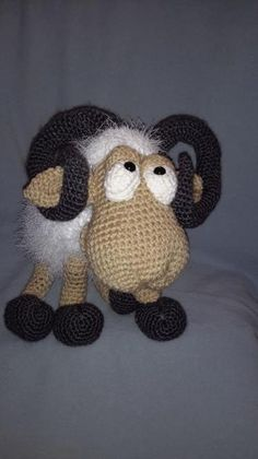 Rambert the Ram Amigurumi Pattern Knit Crochet, Crochet Hats, Crochet Ideas, Amigurumi Doll, Crochet Animals, More Fun, Animal Pictures, Sheep, Goats