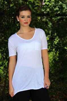 Comfy and cute white top: a wardrobe NECESSITY
