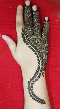 recently published new article about latest fashion trend listed on Mehendi Designs From UAE Unique Mehndi Designs, Arabic Mehndi Designs, Mehndi Images, Mehedi Design, Heena Design, Henna Mehndi, Henna Art, Henna Tattoos, Mehendi Arts
