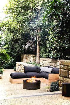 Adorable 70+ Gorgeous Outdoor Garden Furniture Ideas https://lovelyving.com/2018/03/08/70-gorgeous-outdoor-garden-furniture-ideas/