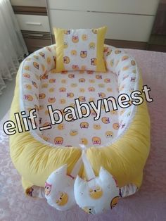 Babynest, bebek yuvası Girl Bedroom Designs, Baby Needs, Baby Furniture, Baby Sewing, Mom And Baby, Kindergarten, Crafts To Sell, Diy For Kids, Crochet Baby