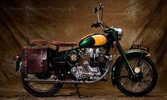 Old Delhi Motorcycles : Le Bécane Royale on Behance Bullet Motorcycle, Enfield Motorcycle, Motorcycle Bike, Shubh Diwali, Bullet Bike Royal Enfield, Old Motorcycles, Cafe Racer Bikes, Classic Motors, Bike Accessories