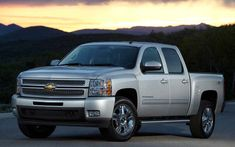 The Chevrolet Silverado (as well as its GMC counterpart the GMC Sierra) is the latest addition to the fullsize pickup truck lineup of General Motors. Chevrolet Silverado 1500, Silverado Crew Cab, Chevrolet Impala, Chevrolet Camaro, Gm Trucks, Diesel Trucks, Chevy Trucks, Fire Trucks, Pickup Trucks