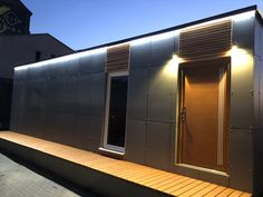 LED osvětlení modulového domu 2+kk. Garage Doors, Led, Outdoor Decor, Home Decor, Decoration Home, Room Decor, Home Interior Design, Carriage Doors, Home Decoration