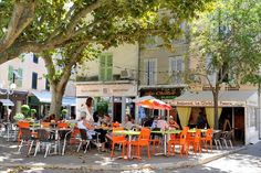 Pertuis France | Pertuis, France : terrase ombragee    Sal and I had a few drinks here!