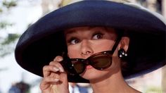 Audrey Hepburn has to be one of the most popular classic female actresses of her time. Audrey Hepburn came to Hollywood, skinny, with blus. Blake Edwards, Audrey Hepburn Sunglasses, Audrey Hepburn Clothes, Aubrey Hepburn, Katharine Hepburn, Divas, Audrey Hepburn Breakfast At Tiffanys, Lunette Style, The Blues Brothers