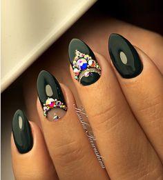 #swarovski #nails#nail_master_russia #nail_design #nailart #nailartclub #nails_page #nail_artists #artwork #инкрустациястразами #ксюшапервушина #ksusha_perwushina #мастера_всея_руси #мастерманикюра #маникюродинцово #голицыноногти #