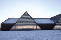 VELJLSKOVGAARD STABLE BY LUMO ARCHITECTS // ODDER, DENMARK.