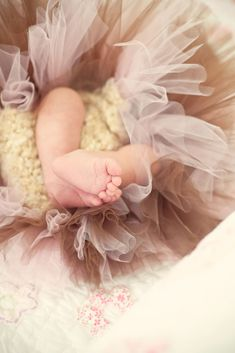 Fiorello Photography - Newborn #FiorelloPhotography #FamilyPhotographer #NewBornPhotos #Babies
