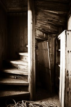 This is.....just beautiful! Staircase, stairs, trappe, beautiful, wooden, photo b/w.