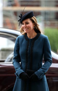 Duchess Catherine pays a visit to the Baker Street Underground station accompanied by the Queen and the Duke Of Edinburgh  20 Mar 2013  (Source: Danny E. Martindale/Getty Images Europe)