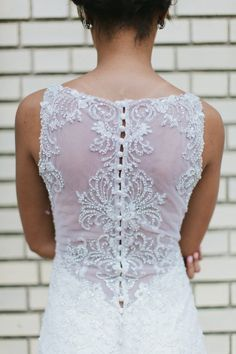 amazing lace and button detail - photo by Brian Schindler; styling by Studio Cultivate | http://ruffledblog.com/madison-james-2017-collection/