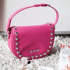 Poppy Bag | Love Moschino Studded Crossbody | hot-port.de | 30+ Style Blog