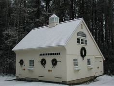 Our 26'x 24' 1-1/2 Story Saltbox. www.countrycarpenters.com (2 Story Shed Plans)
