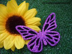 www.unpocodetodo.org -  broche de mariposa  - goma eva.