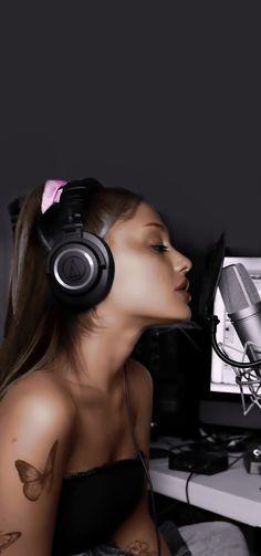 Ariana Grande Fotos, Ariana Grande Cute, Ariana Grande Photoshoot, Ariana Grande Outfits, Ariana Grande Pictures, Ariana Grande Background, Ariana Grande Wallpaper, Ariana Video, Dangerous Woman