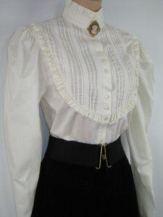 Resultado de imagem para vintage blouse