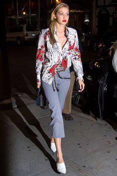 Gigi Hadid Model Style - Gigi Hadid& Sexiest Looks Style Gigi Hadid, Gigi Hadid Outfits, Fashion Week, Fashion Models, Fashion Outfits, Models Style, Nyc Fashion, Fashion Designers, Style Fashion