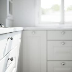 Petra-keittiöt Frida Petra, Vanity, Bathroom, Kitchen, Inspiration, Design, Kitchens, Painted Makeup Vanity, Washroom