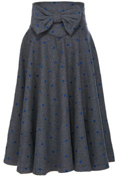 Shop ROMWE Bowknot Embellished Grey Midi Skirt at ROMWE, discover more fashion styles online. Modest Outfits, Modest Fashion, Love Fashion, Womens Fashion, Dress Up, Dress Skirt, Midi Skirt, Pretty Outfits, Cute Outfits