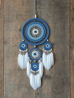 Blue dream catcher - Blue dream catcher The Effective Pictures We Offer You About diy home decor A quality picture can - Dream Catcher Decor, Blue Dream Catcher, Beautiful Dream Catchers, Large Dream Catcher, Diy Tumblr, Dreamcatchers, Boho Bedroom Diy, Crochet Dreamcatcher, Feather Crafts