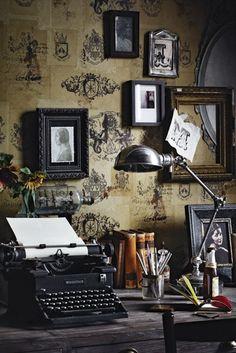 My dream study! Better start getting lotto tickets :D http://twistmyarmoire.com/wp-content/uploads/2013/02/vintage-typewriter.jpg