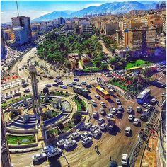 Photo by @tehrandailylook •  Tehran, Iran فلكه دوم صادقيه