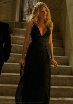 2x09 There Might Be Blood. Just Cavalli long black dress.