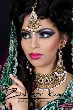 eye makeup goes with hazel eyes eye makeup cause chalazion makeu Makeup chalazion Eye Eyes hazel Makeu Makeup Indian Makeup And Jewelry, Indian Bridal Makeup, Asian Bridal, Bridal Make Up Inspiration, Pakistani Makeup, 90s Makeup, Eye Makeup Remover, Makeup Brushes, Simple Eye Makeup