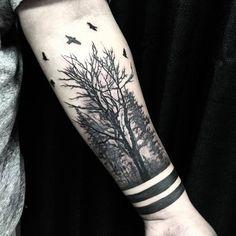 40 creative forest tattoo designs and ideas tattoos dövme fi Popular Tattoos, Trendy Tattoos, Unique Tattoos, Small Tattoos, Tattoos For Guys, Tattoos For Women, Forearm Tattoos, Body Art Tattoos, Tribal Tattoos