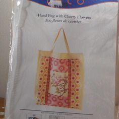 "Kit sac dmc a broder ""fleurs de cerisier"""