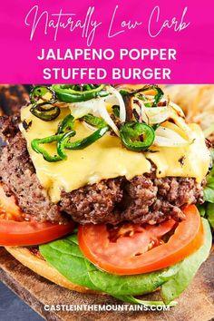 Keto Jalapeno Popper Burger - Keto Ground Beef Recipe Keto Burger, Burger Recipes, Low Carb Recipes, Healthy Recipes, Tasty Burger, Healthy Meals, Delicious Burgers, Jalapeno Poppers, Gordon Ramsay