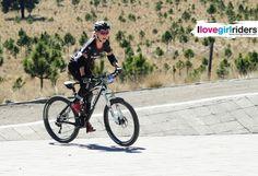 Popobike » Rider: Heather Irmiger - Photo: Víctor Teodoro (Viteo) - #ilovegirlriders #iamagirlrider #ilgr #girlriders #mtb #bmx #downhill #ciclocross #freeride #road #cycling #cyclingwomen #womenscycling