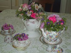 Using teapots and teacups for a centerpiece @ www.itsyourpartysc.com