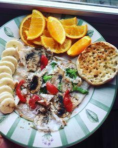 Saviez vous que ... ➡ ️•Sauter le petit déjeuner favorise la prise de poids. •Déjeuner c'est facile, même quand on a pas faim. •En dejeunant, on a plus d'énergie. •Avec un bon déjeuner, vous serez plus intelligent. •Le dejeuner vous met à l'abri des fringales et  favorise un bon équilibre alimentaire!! #health#healthy#healthyfood#good#yummy#recover#recovery#anarecovery#lunch#lunchtime#eathealthy#fit#fit#food#summer#fruit#breakfast#goodmorning#morning#sunday#happy#perfect  Plage pour moi…