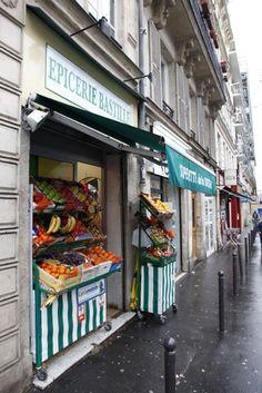 Vegetable shop in Paris