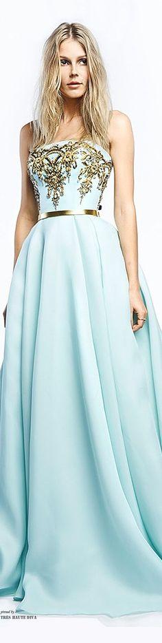 Soft in Himmelblau (Farbpassnummer 16)  Perfekt für den Frühlings - Farbtyp! Kerstin Tomancok Farb-, Typ-, Stil & Imageberatung