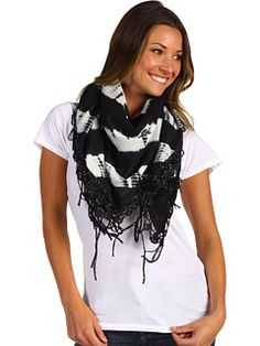 Pretty black and white scarf